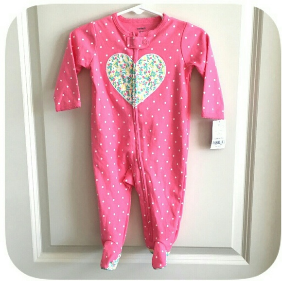 75604ea2f9 ❤NWT Carters Baby Girls pink heart sleeper